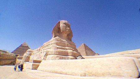 http://guardians.net/hawass/images/sphinx2.jpg