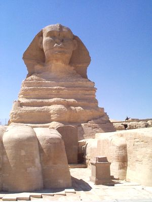 http://guardians.net/hawass/images/sphinx3.jpg